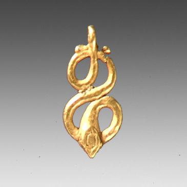 Snake-Shaped Gold Pendant-9534